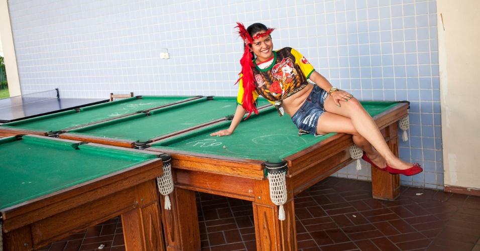 Raquel Pereira, Rainha do Mucunão, bairro manauara da Cachoeirinha. Peladão é um torneio de futebol de várzea que acontece no estado do Amazonas, chegando a ter mais de 1000 times disputando o campeonato. A musa de cada time pode salvar a equipe já eliminada por votação via ligação ou mensagem de celular