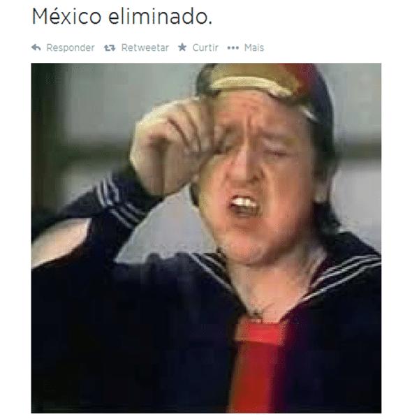 Torcedores do México choram após eliminação da Copa
