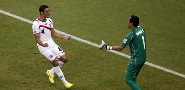 Costa Rica vem desbancando grandes seleções e já está nas quartas de final da Copa