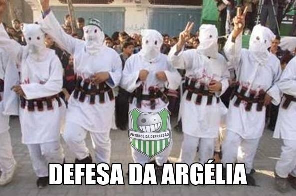 Está explicado por que a defesa da Argélia deu tanto trabalho para a Alemanha