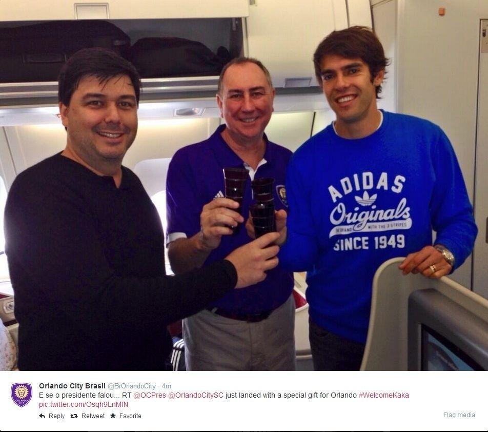 Kaká chega em Orlando