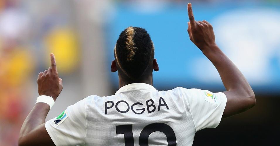30.jun.2014 - Pogba comemora o primeiro gol da França na vitória por 2 a 0 sobre a Nigéria no Mané Garrincha