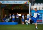 Técnico da Suíça diz que sabe como parar Messi e pede apoio dos brasileiros - REUTERS/Paul Hanna