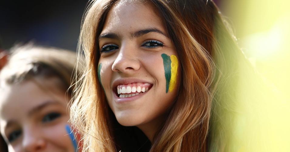 Torcedora brasileira também esteve no estádio Nacional para assistir ao jogo entre França e Nigéria