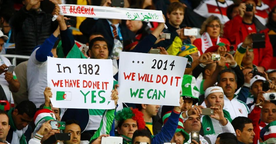 30.jun.2014 - Torcedores da Argélia acreditam que a seleção pode vencer a Alemanha no Beira-Rio, assim como fez na Copa de 1982