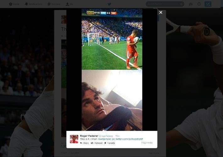 01.jun.2014 - Federer aproveita 'folga' após de jogo com Tommy Robredo em Wimbledon para assistir ao jogo da Suíça contra a Argentina pelas oitavas de final da Copa