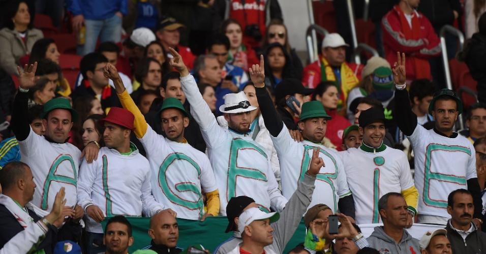 30.jun.2014 - A Argélia foi eliminada, mas sem dúvida sua torcida está entre as mais carismáticas da Copa do Mundo