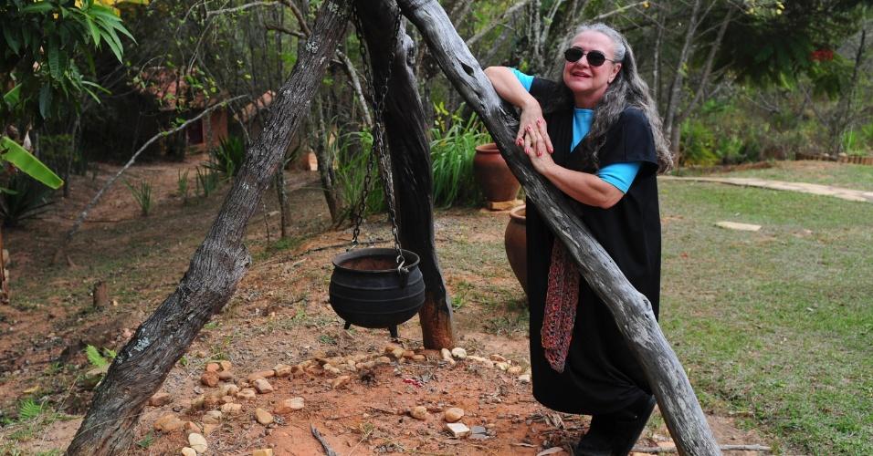 Zelinda Orlandi Hypolito é psicóloga em São Paulo e recebe encontros de bruxaria em sua pousada na cidade