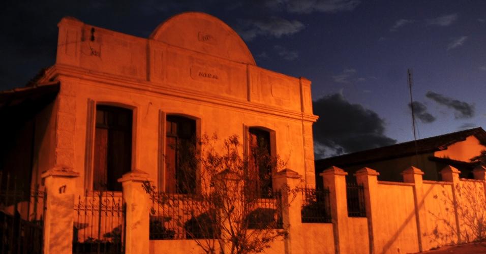 A menor cidade do país tem noite tranquila, com pouca movimentação nas ruas principais