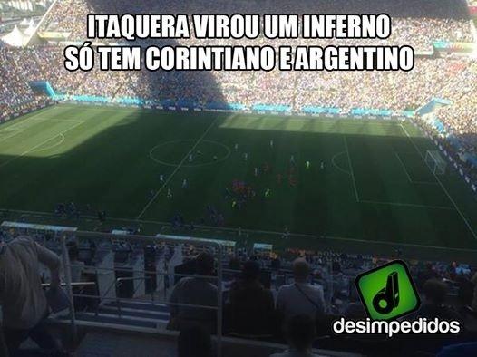 Jogo da Argentina no estádio do Corinthians gerou brincadeiras da torcida