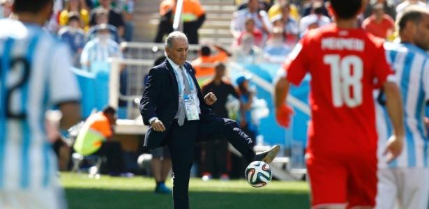 Para o técnico da seleção argentina, pressão para que a equipe vença é natural
