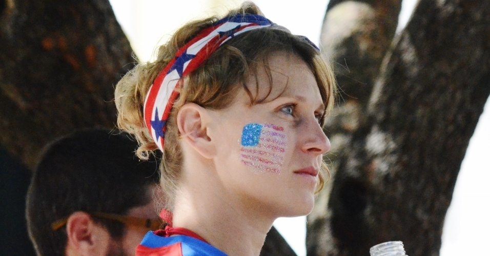 01.jul.2014 -  Torcedora dos EUA presente na região do Pelourinho antes de jogo contra a Bélgica, na Fonte Nova