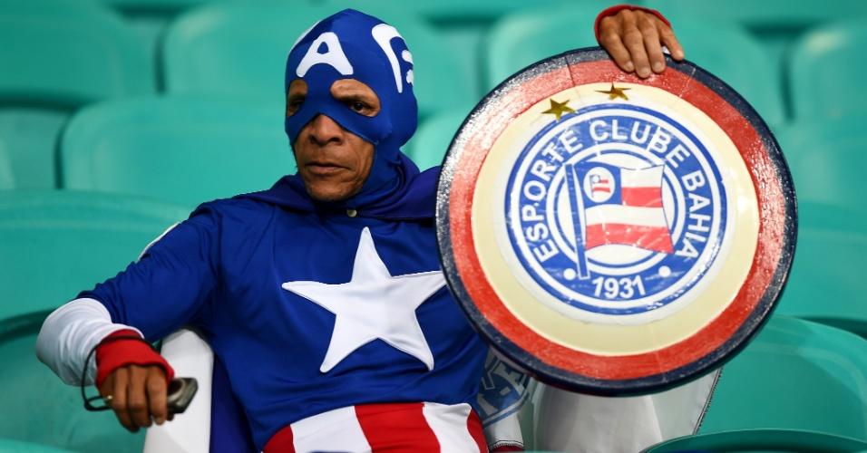 01.jul.2014 - Capitão América até trocou seu escudo, mas os EUA foram eliminados pela Bélgica em Salvador