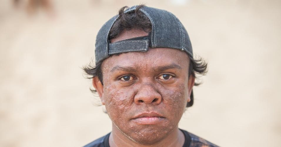 Integrante do time de futebol Gigantes do Cangaço, composto só por anões, que se apresenta nas areias da praia de Iracema, em Fortaleza