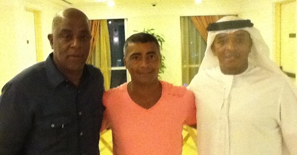 Mohamadou Lamine Fofana com o ex-jogador e agora deputado federal Romário