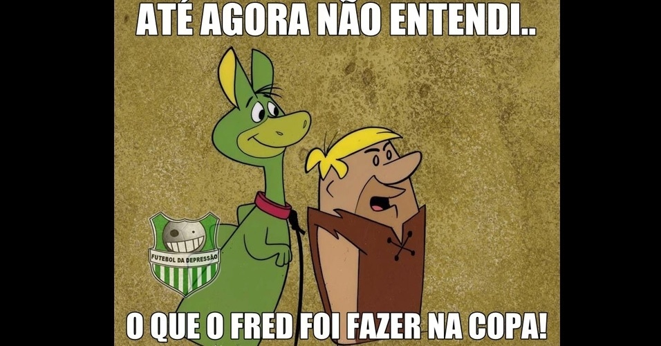 Nem o Barney entende o que o Fred está fazendo na Copa
