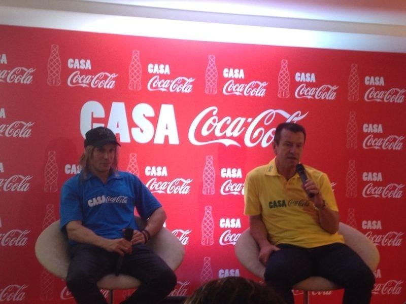 3. jun. 2014 - Dunga e Cannigia conversam com jornalistas em evento no Rio de Janeiro