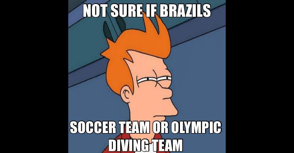 """""""Não tenho certeza se é a seleção brasileira de futebol ou de saltos olímpicos"""". Memes zoando os 'mergulhos' dos jogadores brasileiros fazem sucesso na web"""