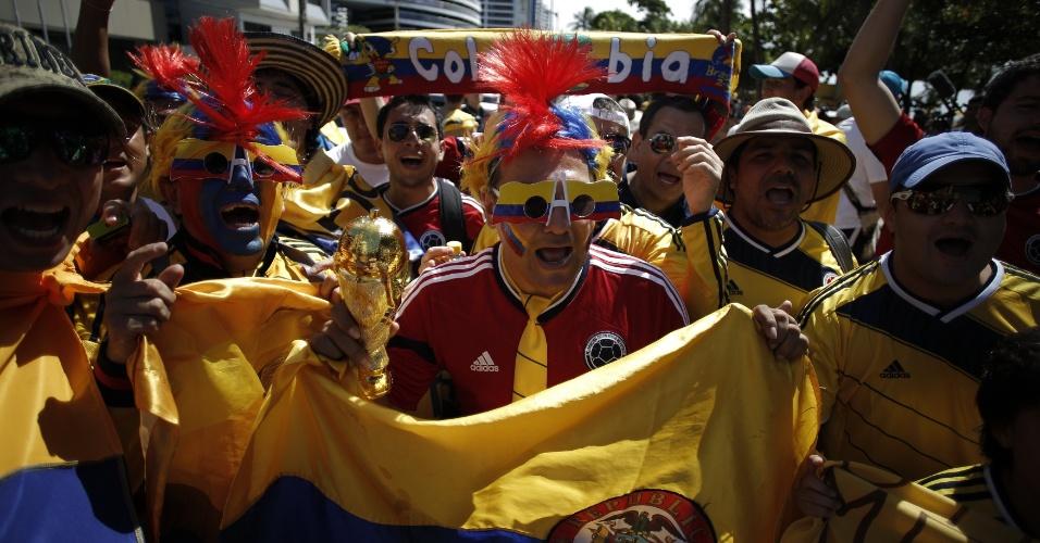 Torcedores da Colômbia, em Fortaleza, um dia antes do jogo contra o Brasil