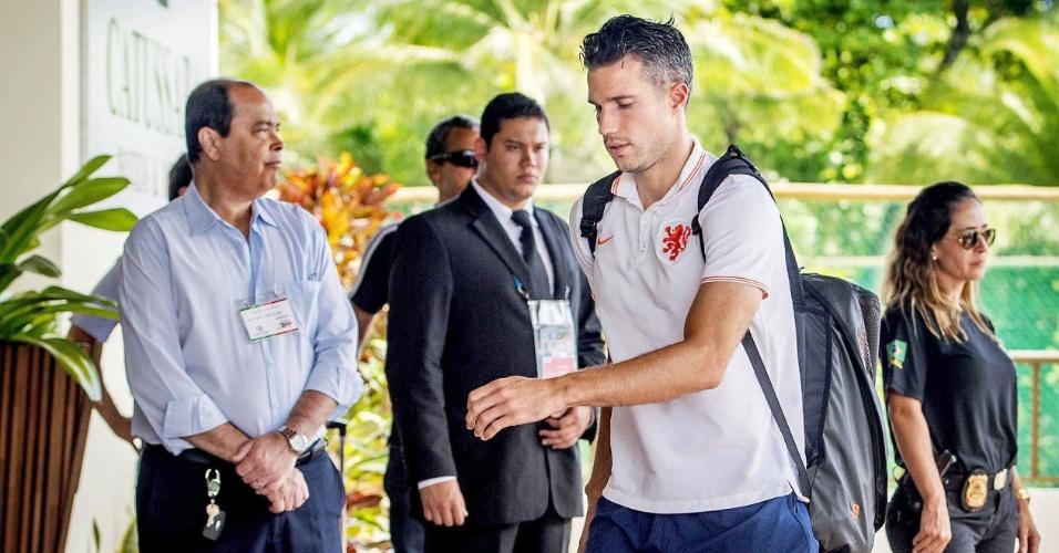 03.jul.2014 - Van Persie chega ao hotel da seleção holandesa, em Salvador. Holanda enfrenta a Costa Rica neste sábado