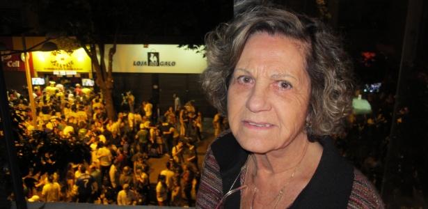 Astrid Guimarães mudou sua vida para driblar as torcidas que se reúnem na Savassi, em Belo Horizonte
