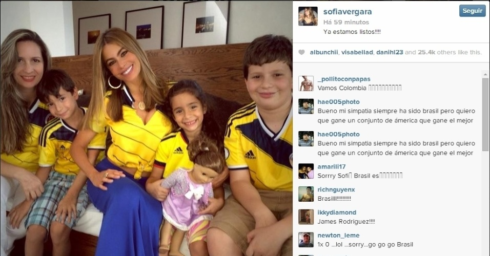 Atriz colombiana, Sofía Vergara torce pela Colômbia contra o Brasil pelas quartas de final da Copa