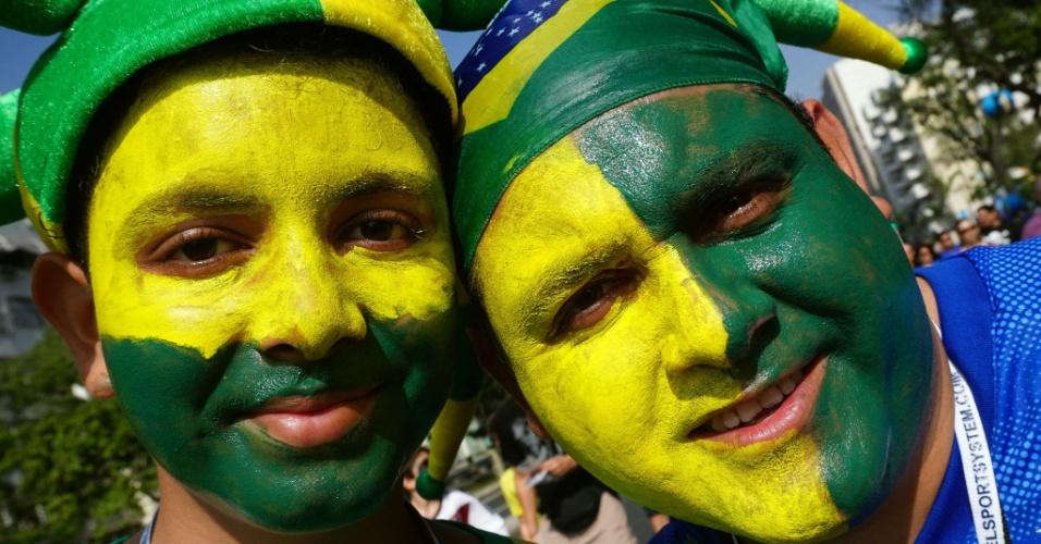Brasileiros chegam ao Maracanã para assistir à partida entre França e Alemanha