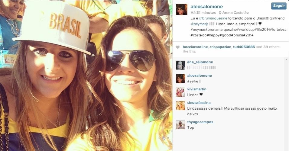 Bruna Marquezine é tietada por fãs em jogo do Brasil no Castelão