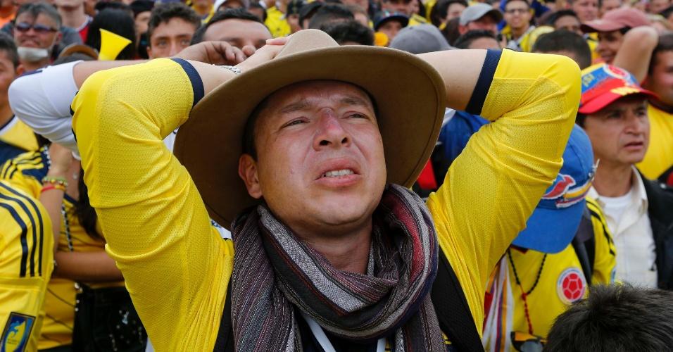 Colombianos sofrem em Bogotá com jogo contra o Brasil pelas quartas de final da Copa do Mundo