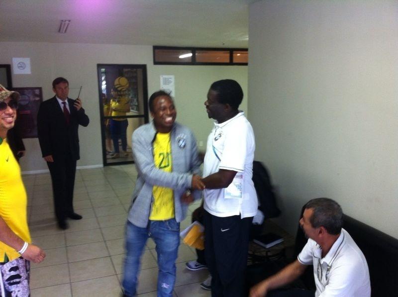 Edilson foi convidado para o almoço no hotel da seleção em Fortaleza