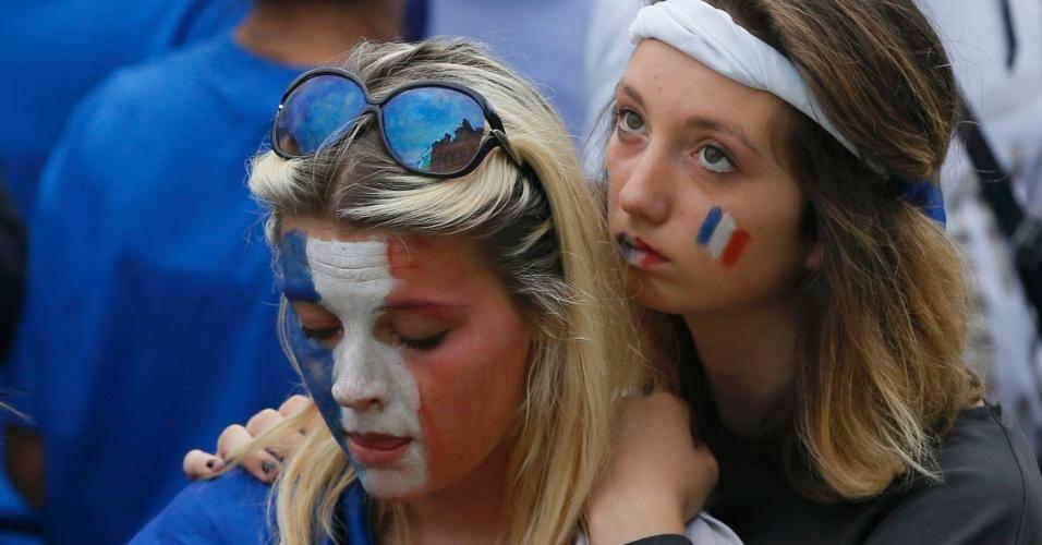 Em Paris, francesas lamentam eliminação na Copa para a Alemanha