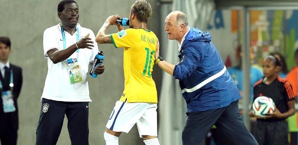 Felipão e Neymar no jogo contra a Colômbia. Dupla se entendeu e deixou legado na seleção brasileira