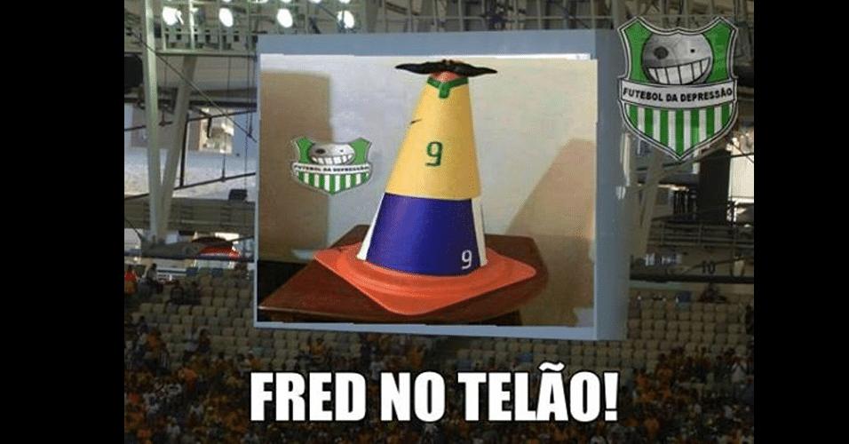 Fred foi flagrado no telão do estádio