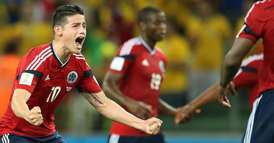 04.jul.2014 - James Rodríguez comemora após marcar de pênalti para a Colômbia e descontar no placar contra o Brasil