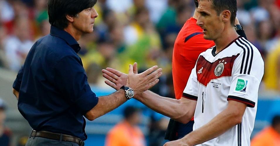 Miroslav Klose é substituído e deixa jogo contra a França sem bater o recorde de gols de Ronaldo