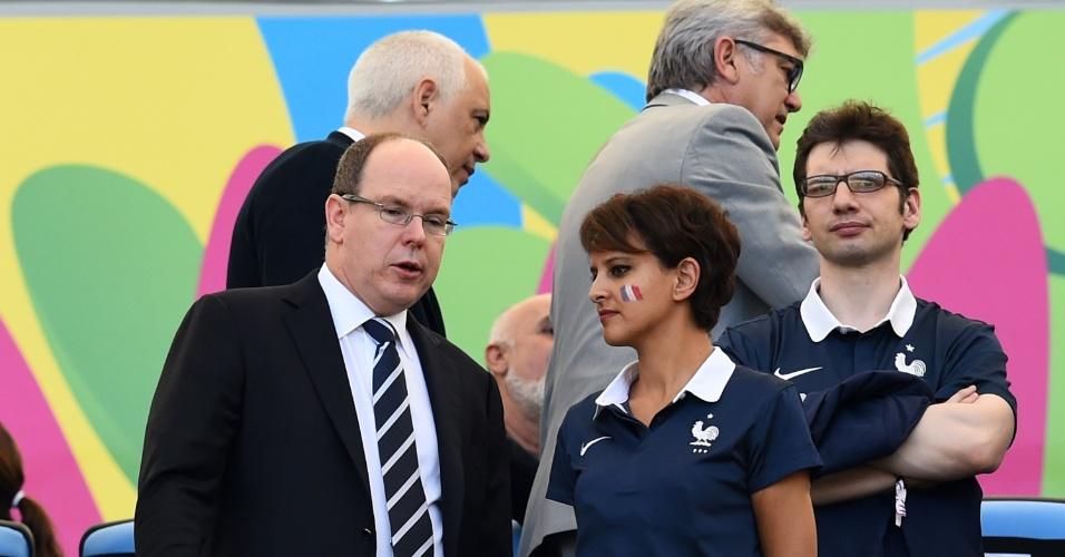 Príncipe Albert de Mônaco marca presença no Maracanã para assistir a partida entre Alemanha e França