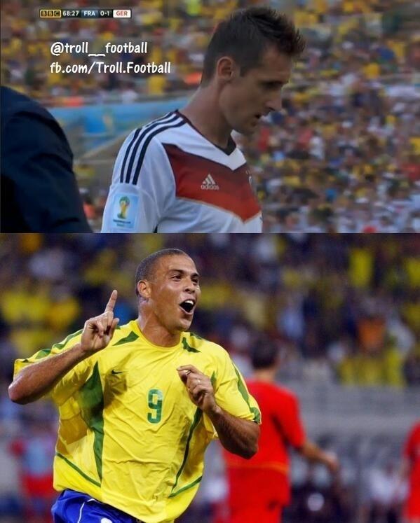 Reação de Ronaldo depois da substituição de Klose contra a França