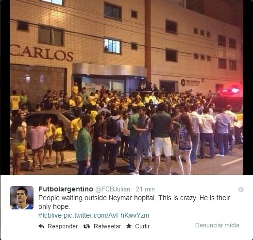 Torcedores se aglomeram na porta de clínica médica onde Neymar foi levado após partida contra a Colômbia, em Fortaleza