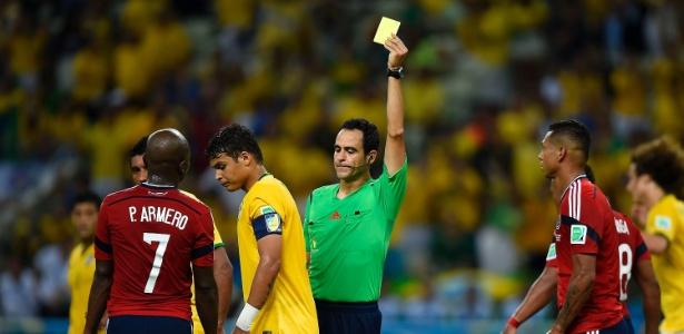 Thiago Silva está suspenso por ter recebido o segundo amarelo no último jogo