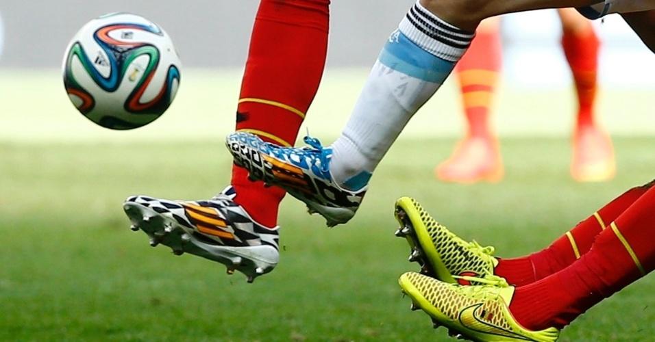 Argentina e Bélgica fizeram jogo muito disputado no estádio Mané Garrincha, em Brasília