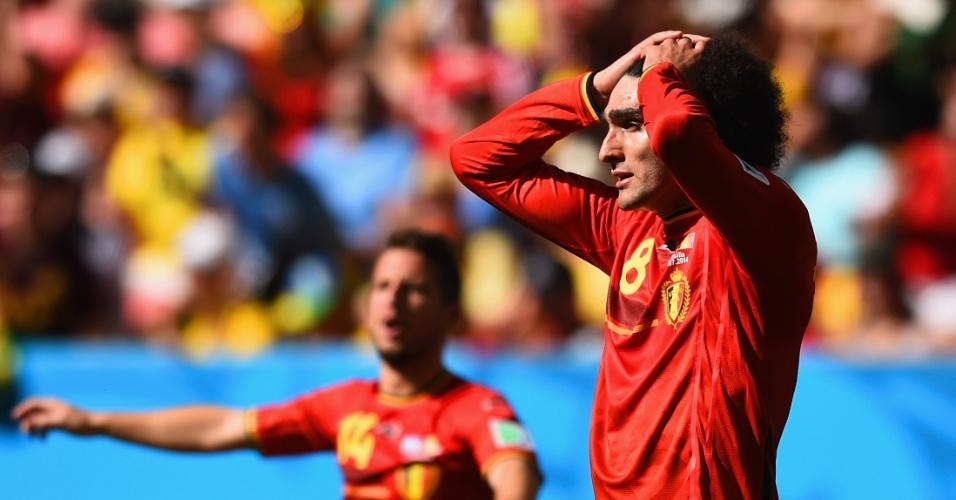 Fellaini se desespera com chance de gol perdida pela Bélgica em partida contra a Argentina