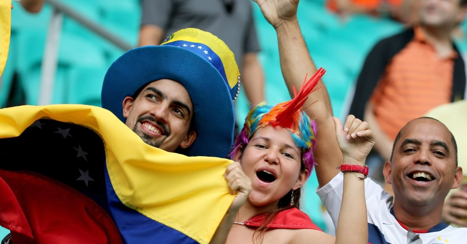 Fonte nova tem venezuelano e torcedor do Bahia para a partida entre Holanda e Costa Rica