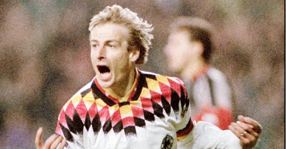 O atacante Klinsmann foi o autor de um dos seis gols de Brasil 3 x 3 Alemanha em 1993, válido pela US CUP, nos Estados Unidos