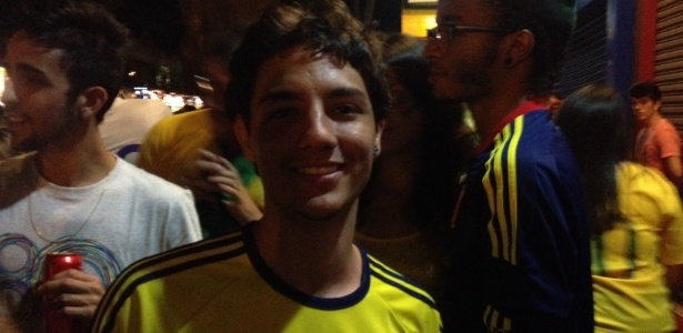 O colombiano Andres Vasquez vive em Belo Horizonte e sofreu com a derrota de sua seleção para o Brasil