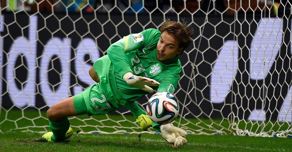 Tim Krul entrou no final do segundo tempo da prorrogação e foi o herói da classificação da Holanda para a semifinal da Copa do Mundo