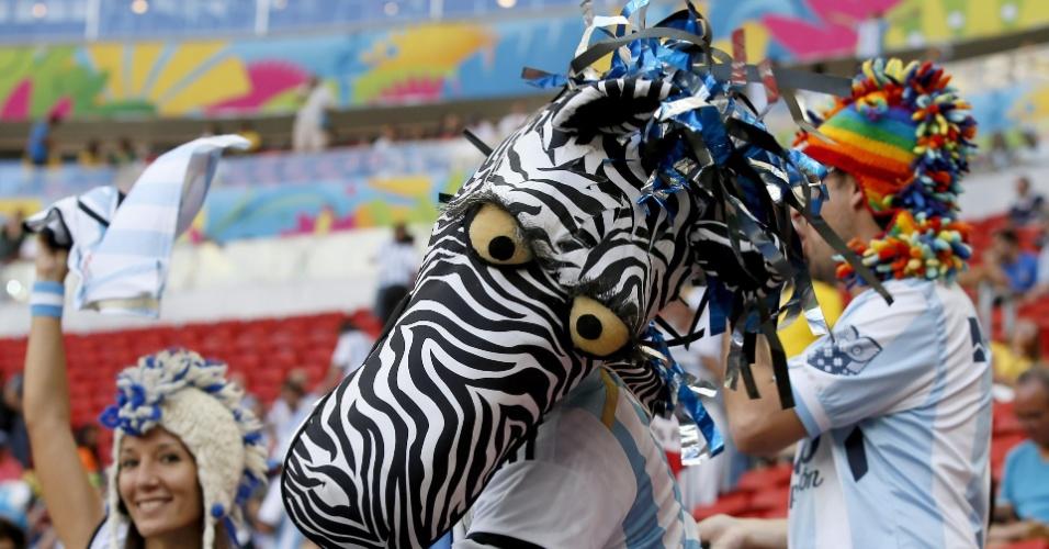 Zebra apareceu no no Mané Garrincha. E ela veste a camisa da Argentina