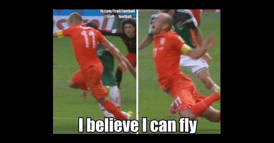 """Internautas brincam com lance de Robben: """"Eu acredito que posso voar"""""""