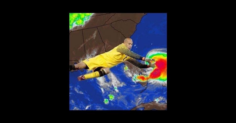 Os EUA já foram eliminados da Copa, mas o Howard continua fazendo defesas. Espanta até tempestade