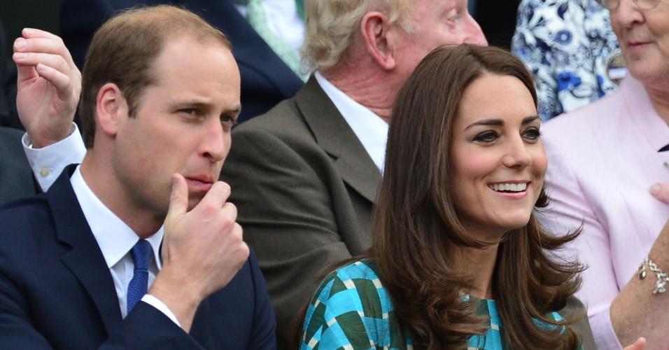 Principe Willian acompanha final de Wimbledon entre Federer e Djokovic ao lado da princesa Kate Middleton