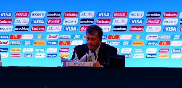 05.12.13 - Ray Whelan, chefe de máfia de ingressos, durante evento do sorteio dos grupos da Copa do Mundo, na Bahia